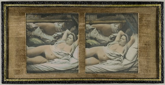 Liegender weiblicher Akt vor einem Spiegel, um 1855, Museum für Kunst und Gewerbe Hamburg, CC0